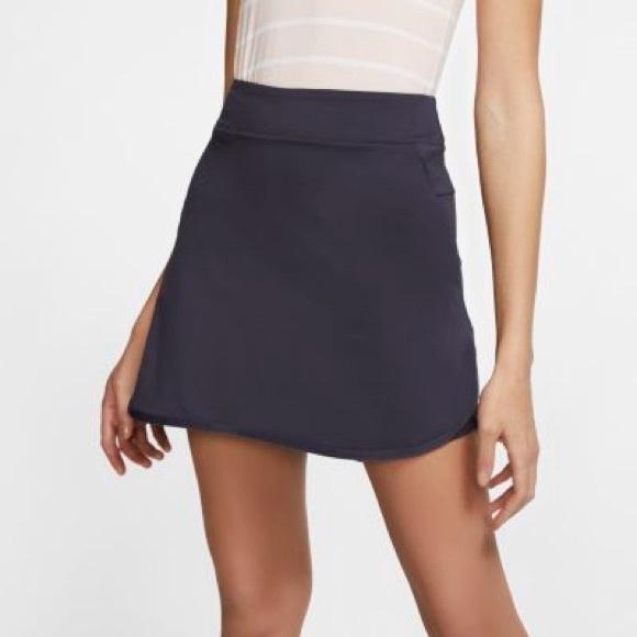 Nike womens Dri-Fit Golf Skirt